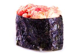 Гункан с тунцом (острый)
