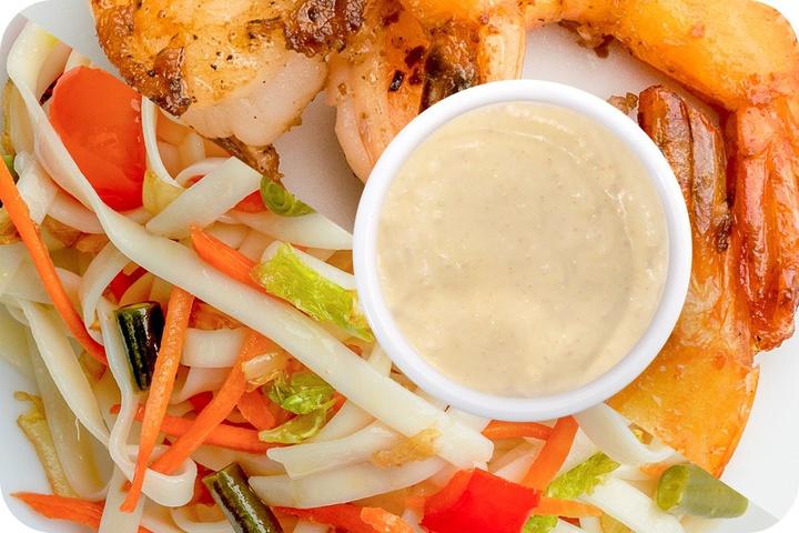 Лапша удон (овощи) + Маринованные тигровые креветки + Соус сливочный Кимчи (острый)