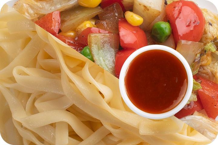 Лапша удон (овощи) + Овощи + Остро-сладкий соус