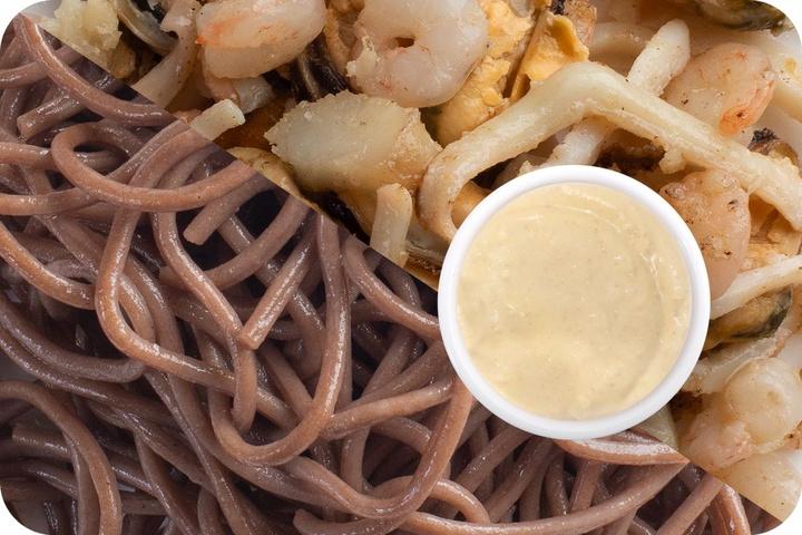 Лапша соба (овощи) + Морепродукты + Соус сливочный Кимчи (острый)