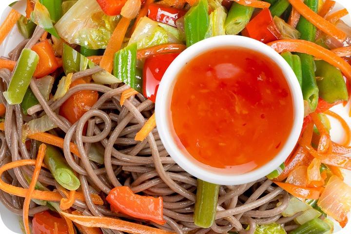 Лапша соба (овощи) + Овощи + Свит Чили