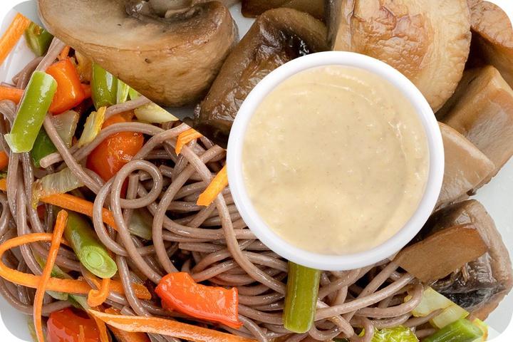 Лапша соба (овощи) + Грибы шампиньоны + Соус сливочный Кимчи (острый)