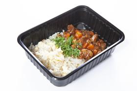 Рис с луком и яйцом и гуляшом