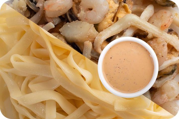 Лапша удон (овощи) + Морепродукты + Соус Гамадари